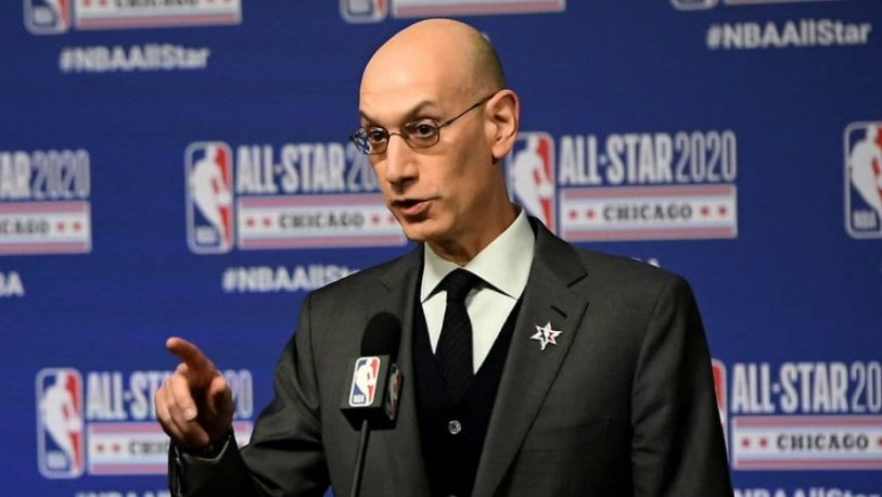 Si crecen los casos de contagios, la NBA no descarta frenar su regreso