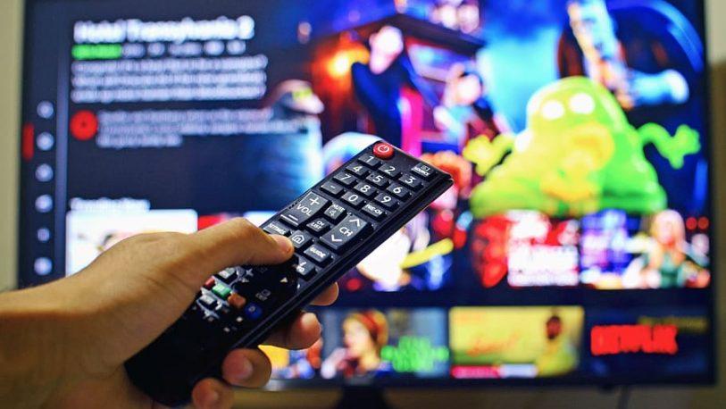 netflix-youtube-television-813x458