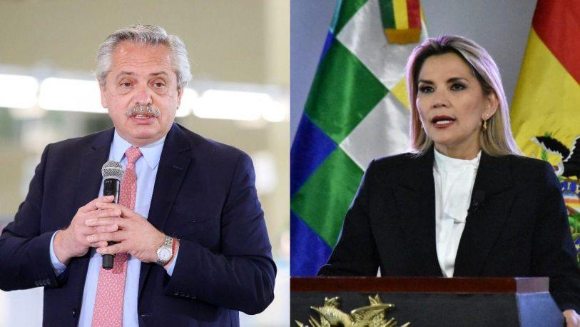 """La presidenta Jeanine Áñez denunció un """"acoso abusivo del gobierno kirchnerista"""" sobre Bolivia"""