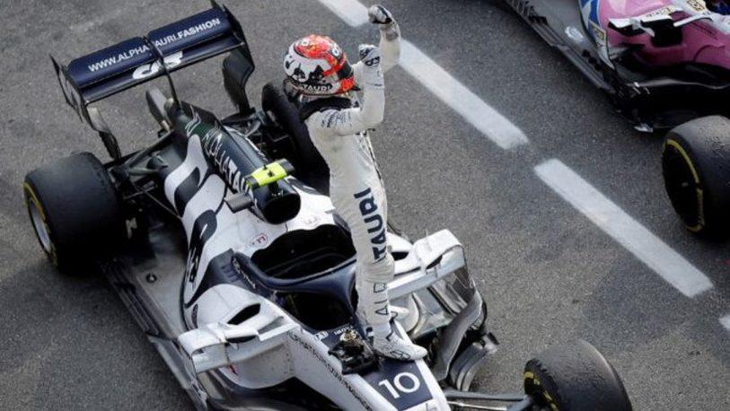 F1: Gasly gana el GP de Italia y Sainz queda segundo