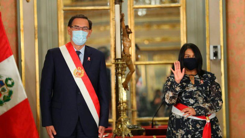Perú: El Gobierno presentó un recurso para frenar la moción de Vizcarra
