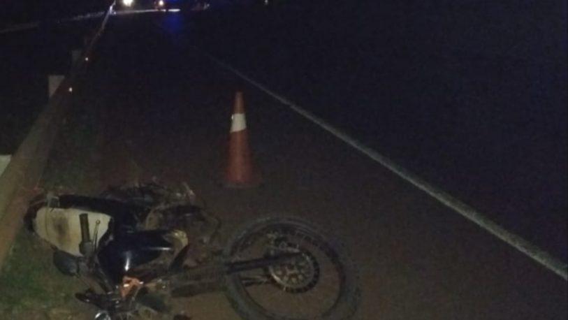 Un hombre falleció luego de despistar con su motocicleta