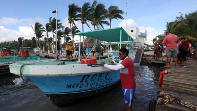 El caribe mexicano se prepara para un mayor huracán