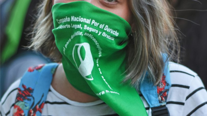 Amnistía Internacional apura a Alberto por el aborto legal