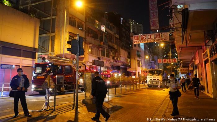 Siete muertos y siete heridos graves en un incendio en Hong Kong