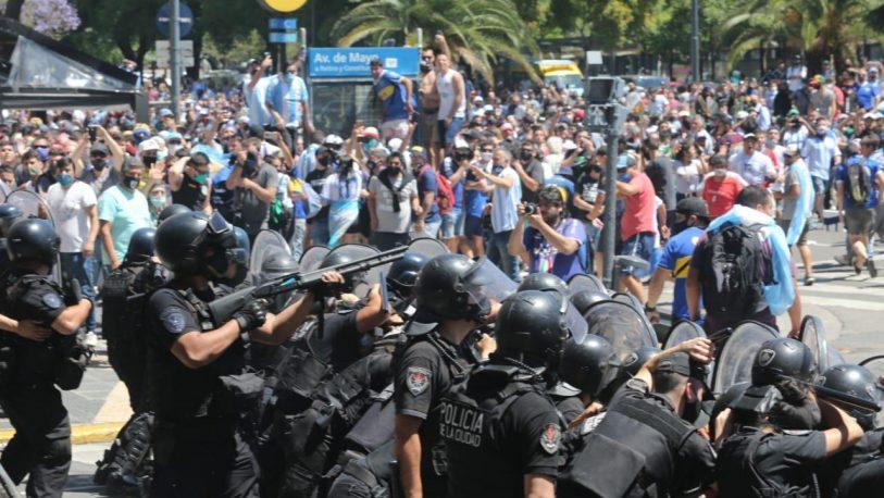 Funeral de Maradona: El Gobierno denunció a Larreta por el accionar de la policía