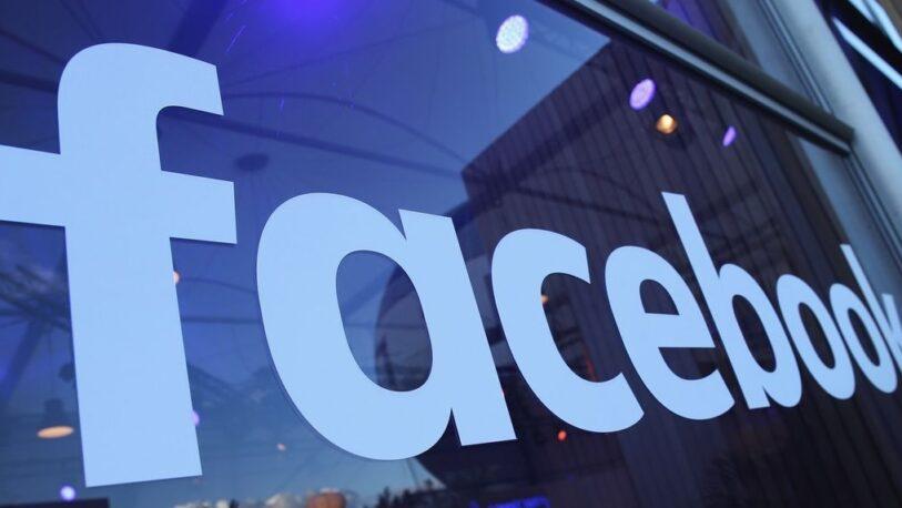 El escueto comunicado de Facebook por su caída