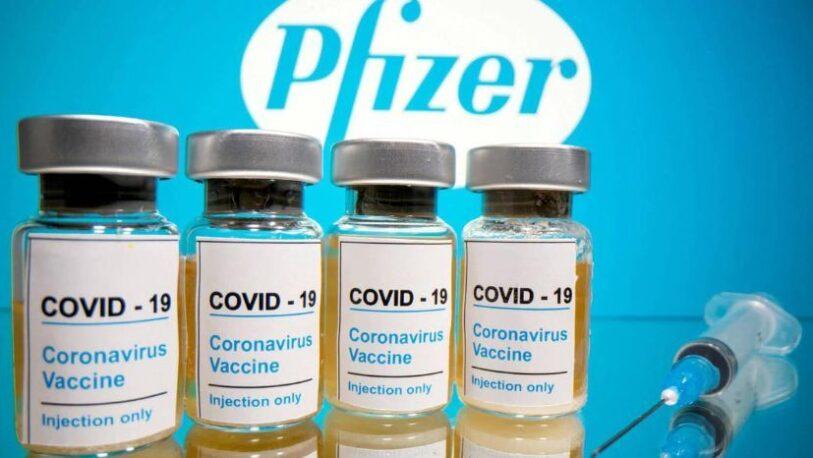 El gobierno anunció que llegan 20 millones de vacunas Pfizer antes de fin de año para inmunizar a menores de 12 a 17 años