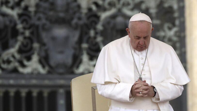 """Papa Francisco: """"Todos nacemos porque alguien ha deseado para nosotros la vida"""""""