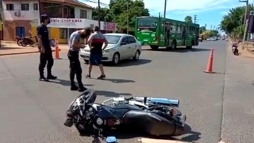 Motociclista herida en choque sobre av. Cocomarola