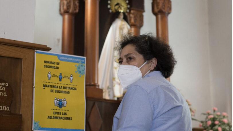 El Papa Francisco modificó el derecho canónico, otorgándole un lugar a las mujeres en el altar