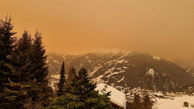 Zonas de Suiza y Francia cubiertas por niebla y lluvia de arena del Sahara