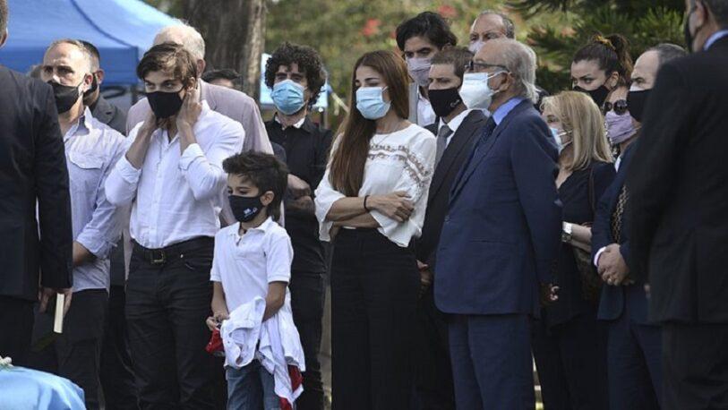 Cómo fue la ceremonia íntima para despedir a Carlos Menem