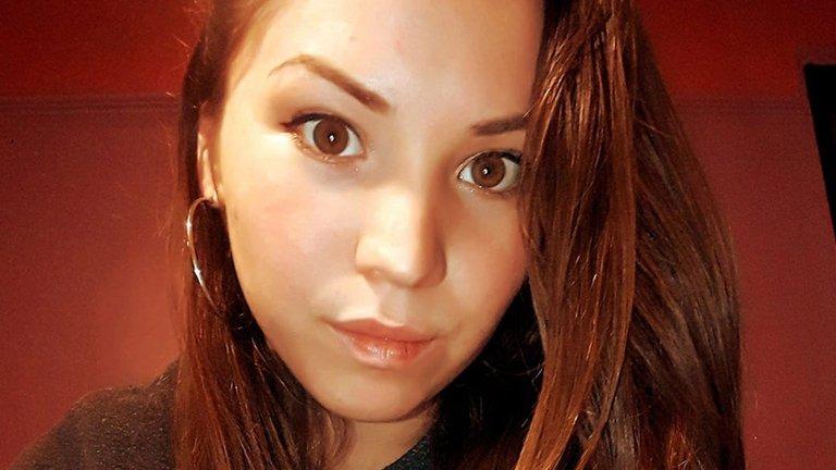 Femicidio: Asesinan a puñaladas a una joven en el centro de Villa la Angostura