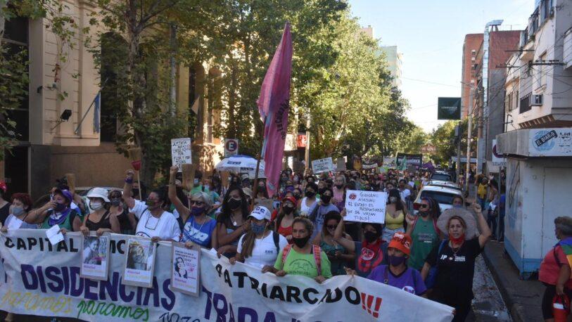 Masiva marcha por el Día de la Mujer en Posadas