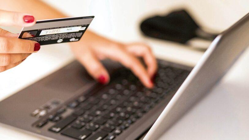 Más de 60% de los comercios dispone de un sitio web de ventas propio