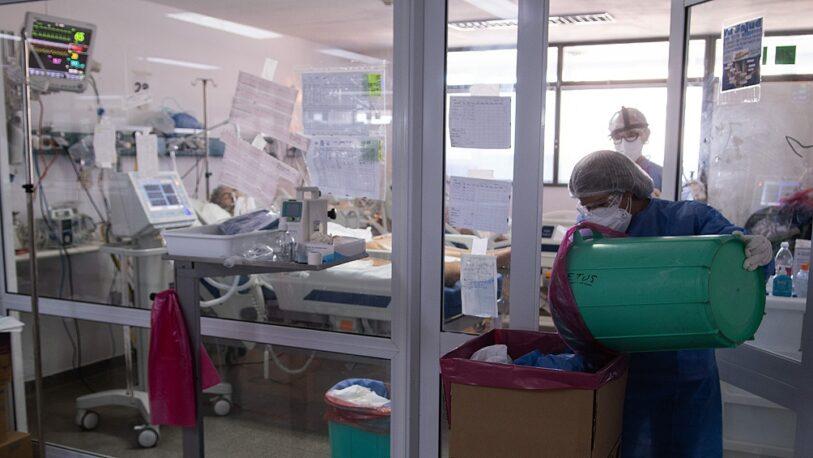 Covid: murieron 465 personas y 17.261 se contagiaron este viernes