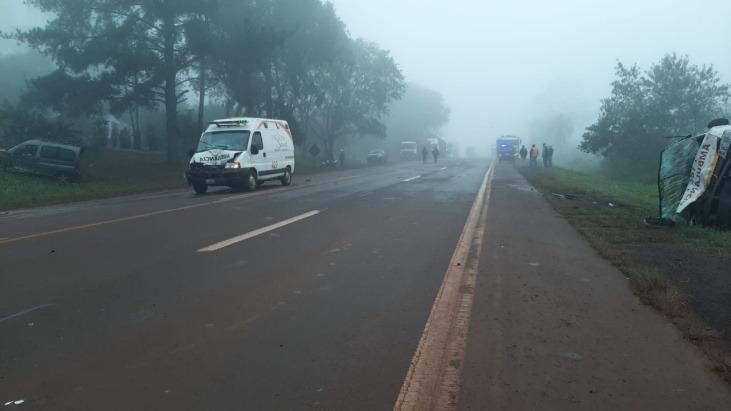 Fuerte choque entre dos ambulancias y un utilitario dejó 4 heridos