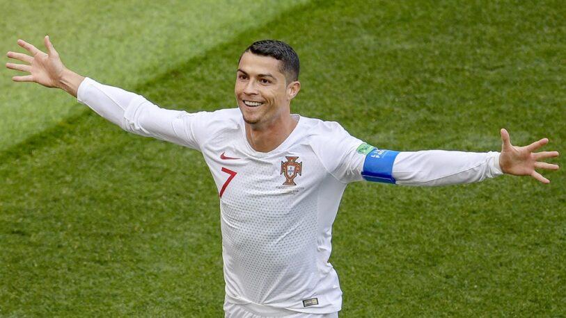 Portugal goleó a Hungría con una ráfaga en el final