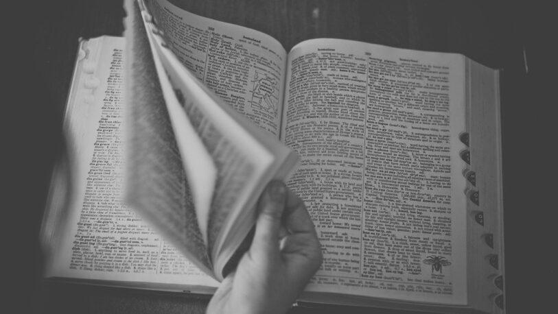 Alumnos y docentes elaboran un diccionario guaraní