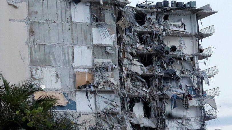 Se derrumbó un edificio en Miami, hay al menos un muerto y varios heridos