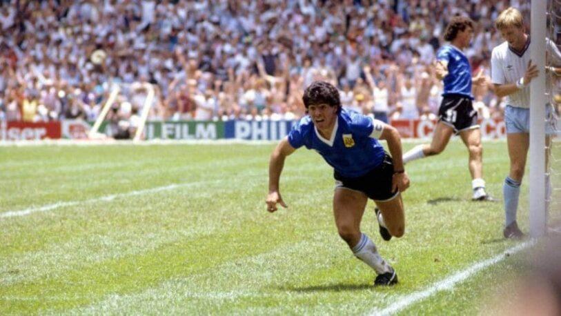 """Argentina gritó el """"Gol del Siglo"""" de Diego Maradona"""