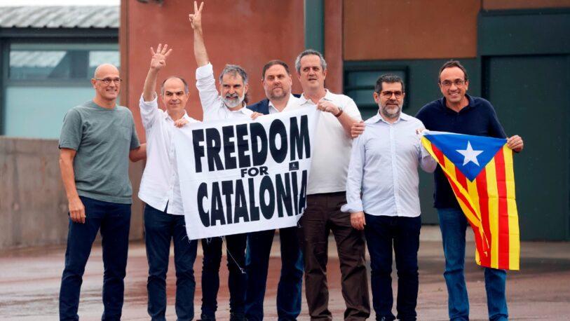 Salieron de la cárcel los líderes separatistas catalanes que fueron indultados