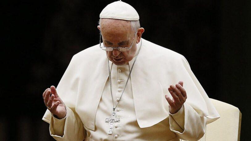 La salud del Papa Francisco evoluciona favorablemente tras su operación