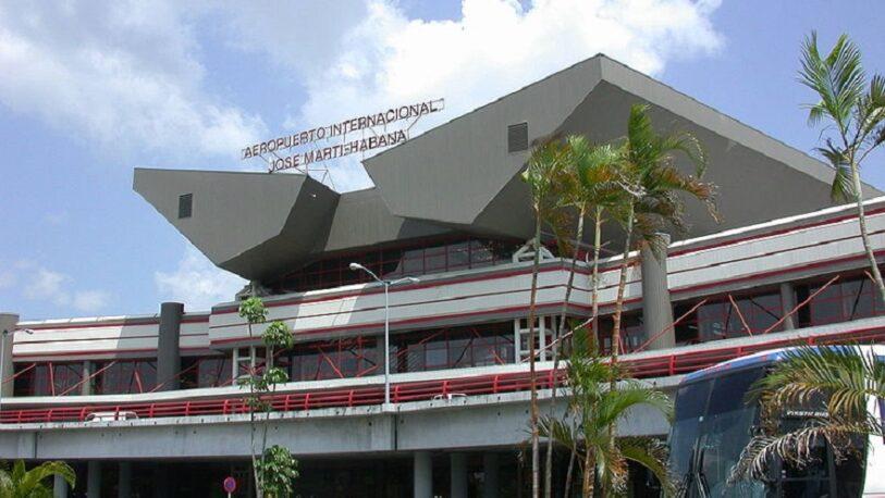 Cuba autoriza temporalmente a viajeros la libre importación de medicamentos y alimentos