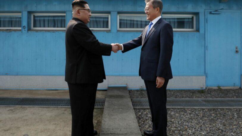 Después de un año, las dos Coreas restauran sus comunicaciones