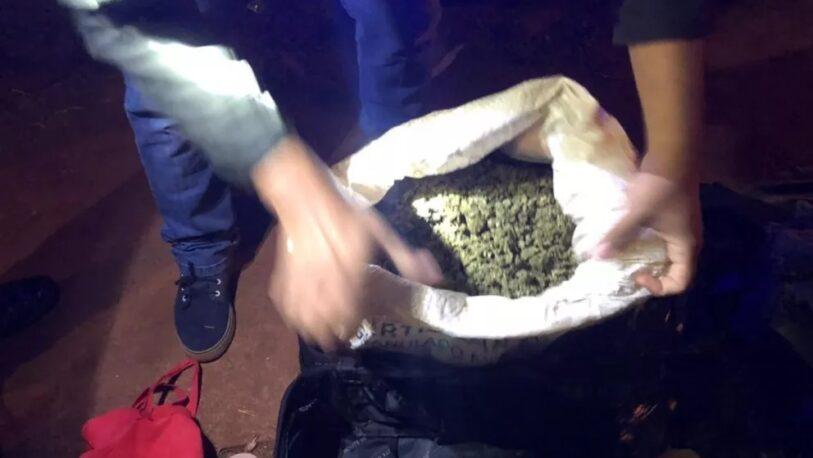 Detuvieron a un hombre que trasladaba un bolso con $1 millón en droga