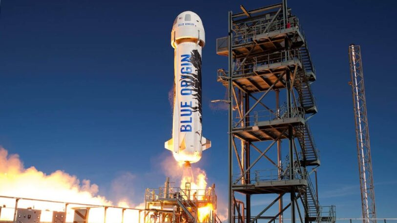 Así fue el regreso de Jeff Bezos tras su viaje al espacio