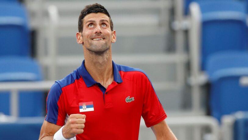 Novak Djokovic pasó a semifinales tras arrasar a Nishikori