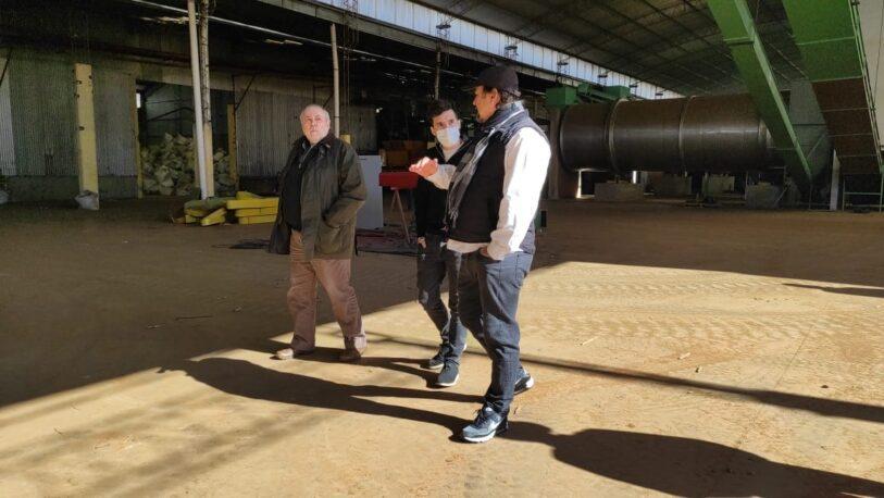 Pedro Puerta visitó a trabajadores de la yerba mate