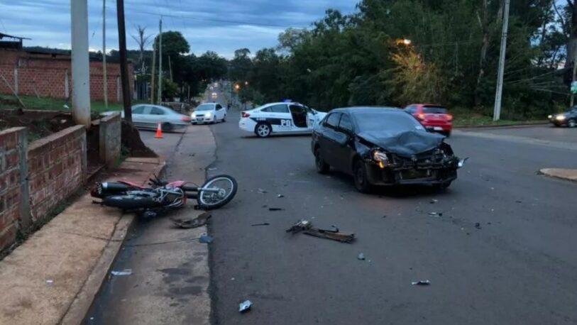 Posadas: choque entre una moto y un vehículo dejó un herido