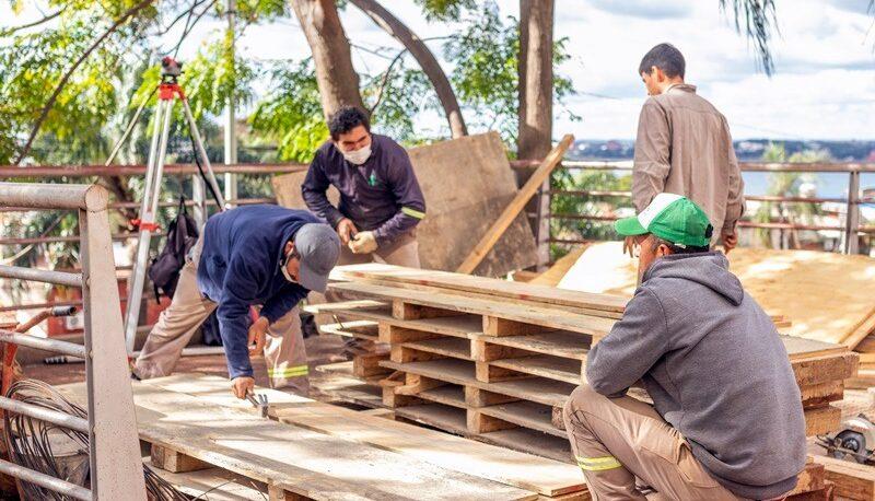 Realizan obras en el Cerro Pelón de Posadas