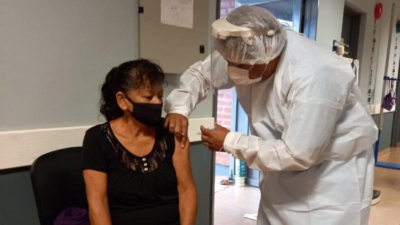 Continúa la vacunación antigripal en los CAPS posadeños