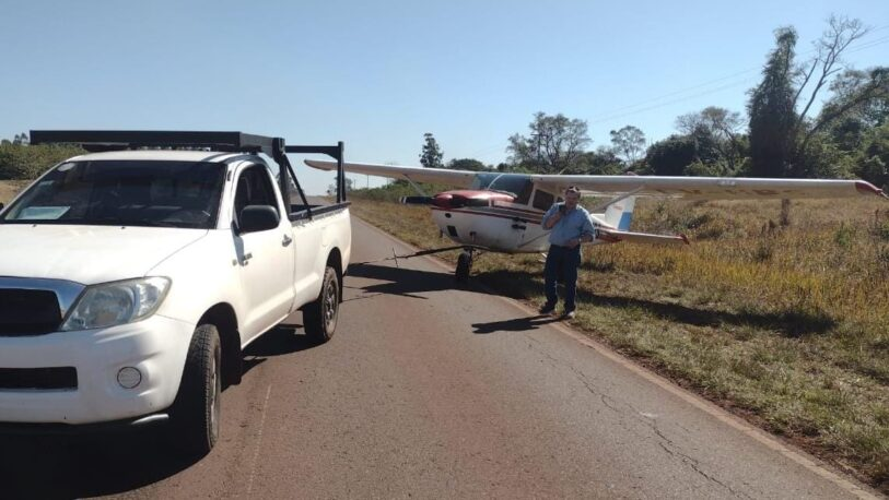 Insólito traslado de una avioneta en plena ruta 14