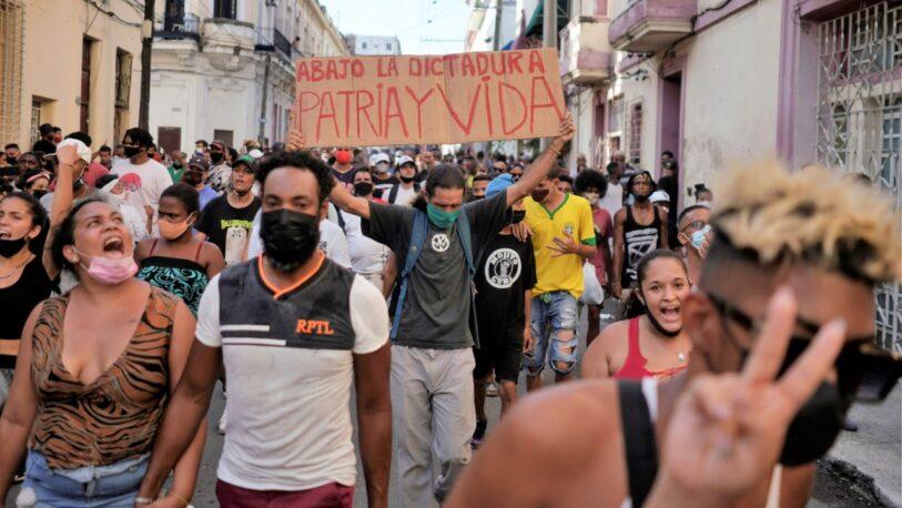 Represión en Cuba: confirman un muerto y varios heridos