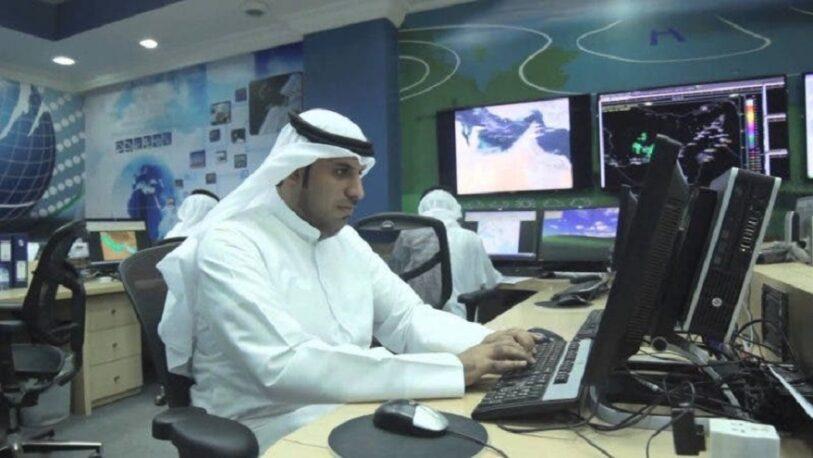 "Para combatir el sofocante calor, en Emiratos Árabes provocan ""lluvias artificiales"""