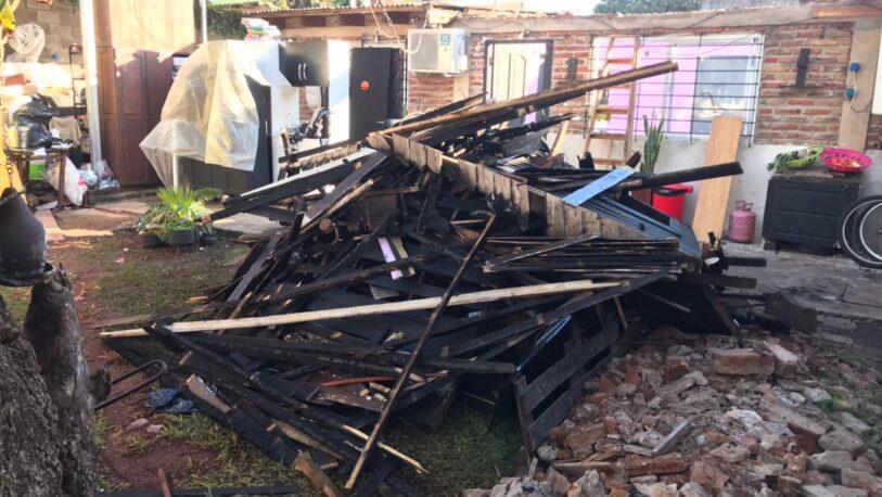 Familia perdió su vivienda en un incendio y pide ayuda