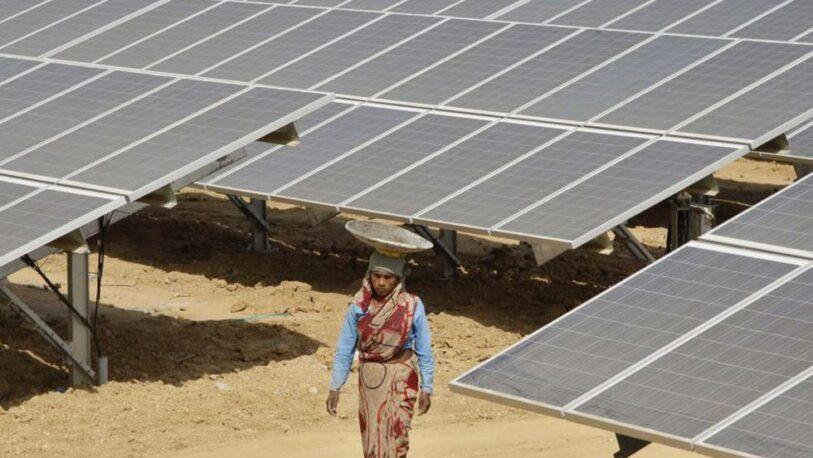 Pronostican que la India tendrá un boom de inversiones en energías renovables