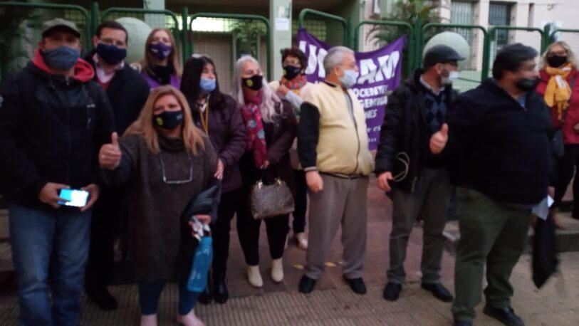 Autoconvocados y gremios disidentes firmaron un acuerdo con el gobierno: $17.522 para el cargo testigo