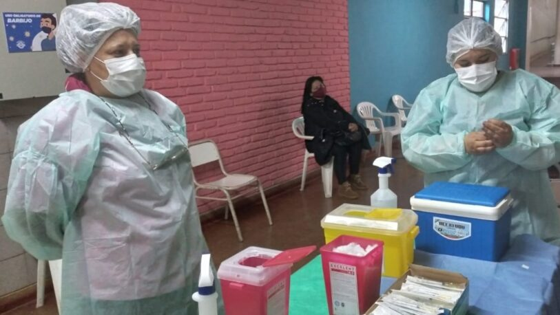 """Las postas itinerantes de vacunación estarán en los balnearios """"El Brete"""" y """"Costa Sur"""""""