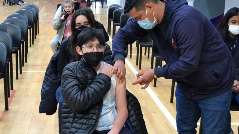 Covid-19: Se vacunaron 2.945 adolescentes misioneros