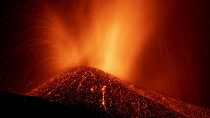 El Volcán de La Palma aumentó su actividad