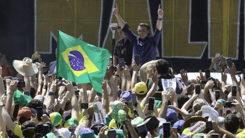 """Bolsonaro dijo que no irá a prisión y que """"solo Dios"""" lo sacará de la presidencia"""