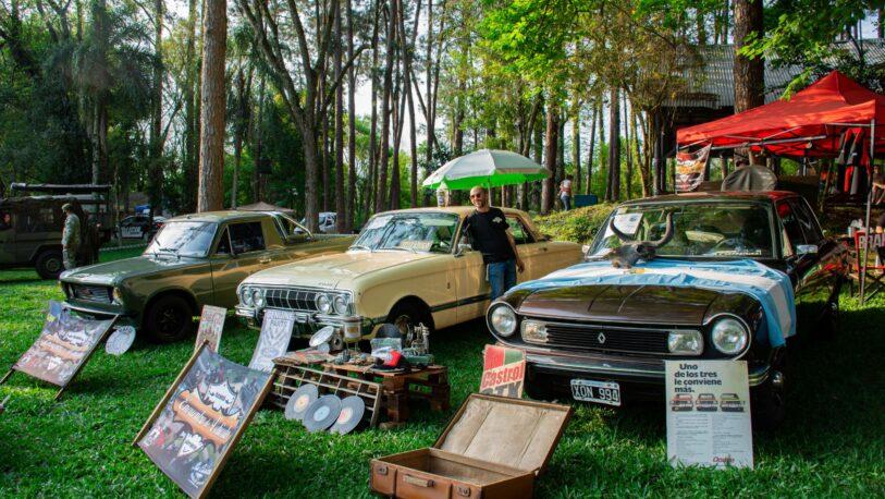 Encuentro de autos clásicos en Oberá