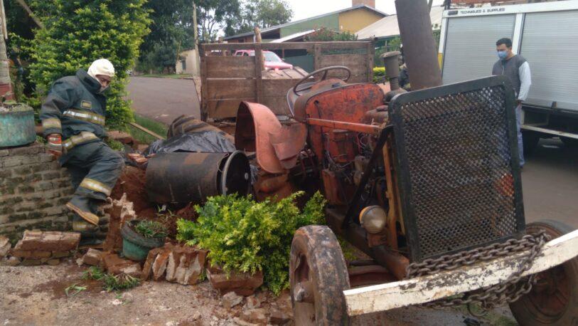 Falleció un hombre tras caer de un tractor