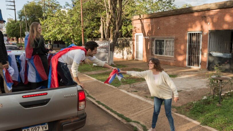 """""""Marcha de la Esperanza"""": Pedro Puerta cerró su campaña con una caravana"""